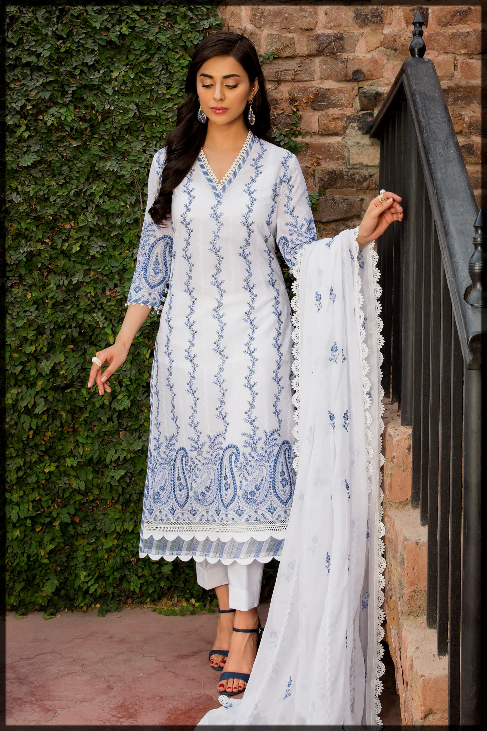 class white and blue sumer lawn eid suit