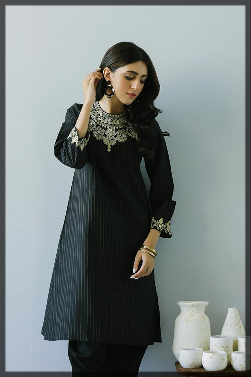 sleek black summer eid outfit