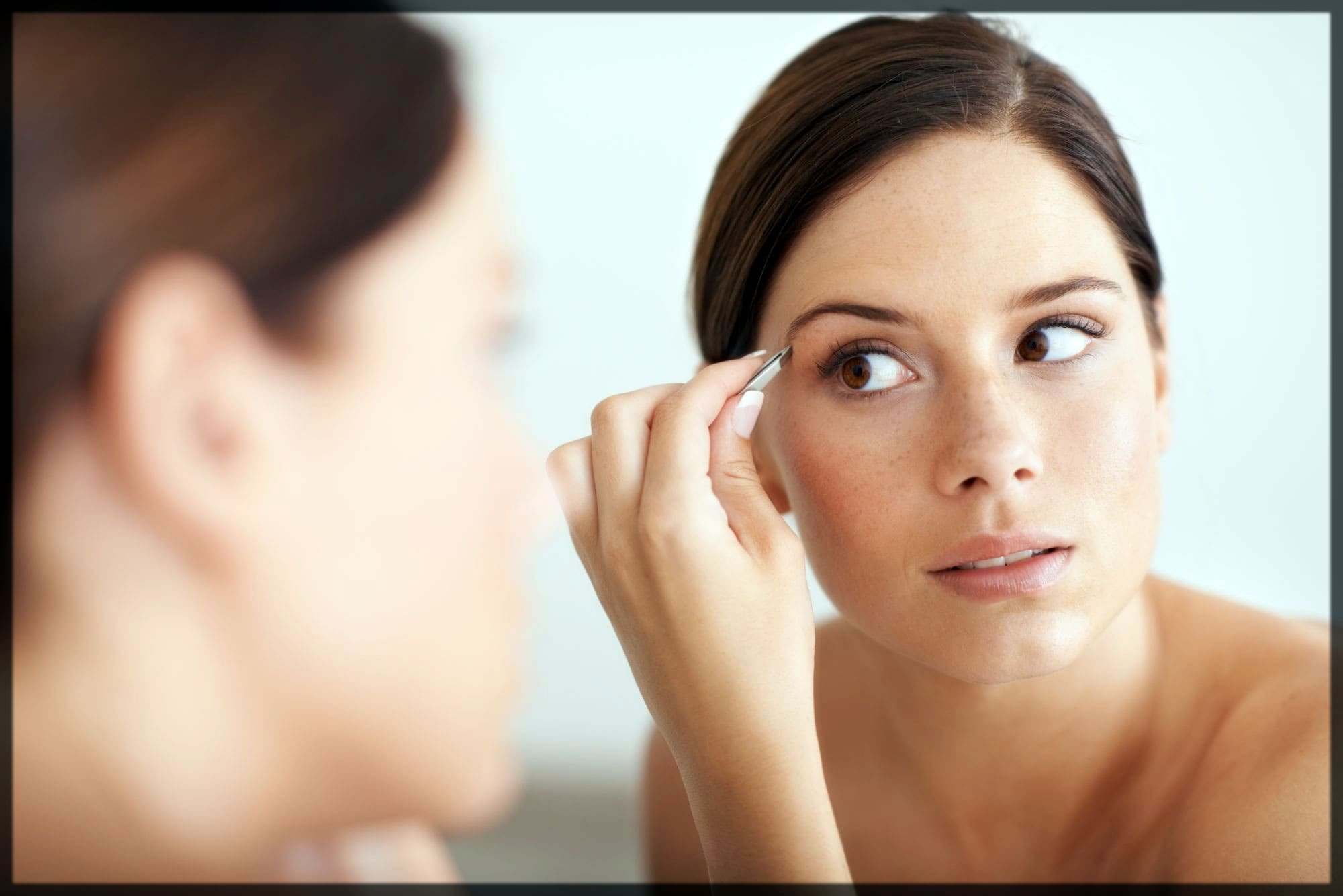 How To Shape Your Eyebrows At Home Naturally
