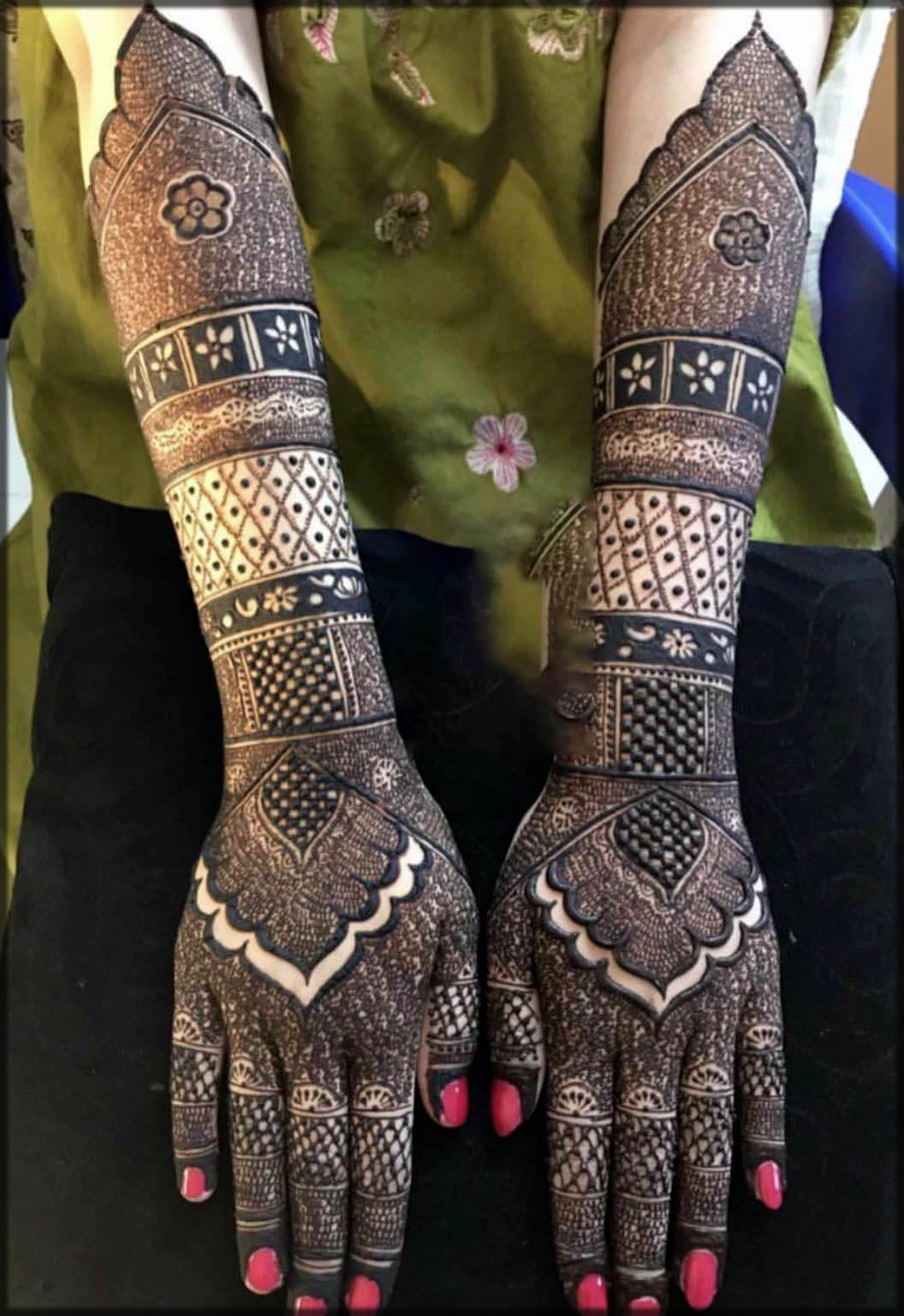 New black mehndi designs in pakistan