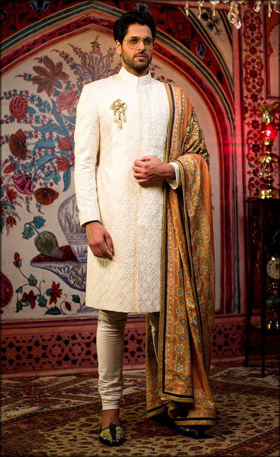 White Embroidered pakistani Wedding Wear For Men