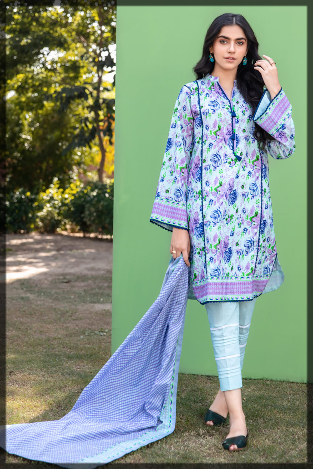 embroidered floral printed lawn suit