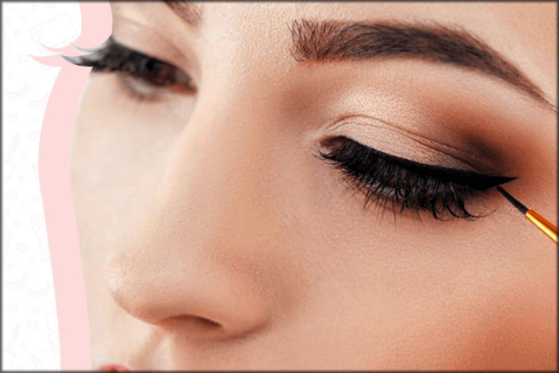 Bigger eyes with eyeliner