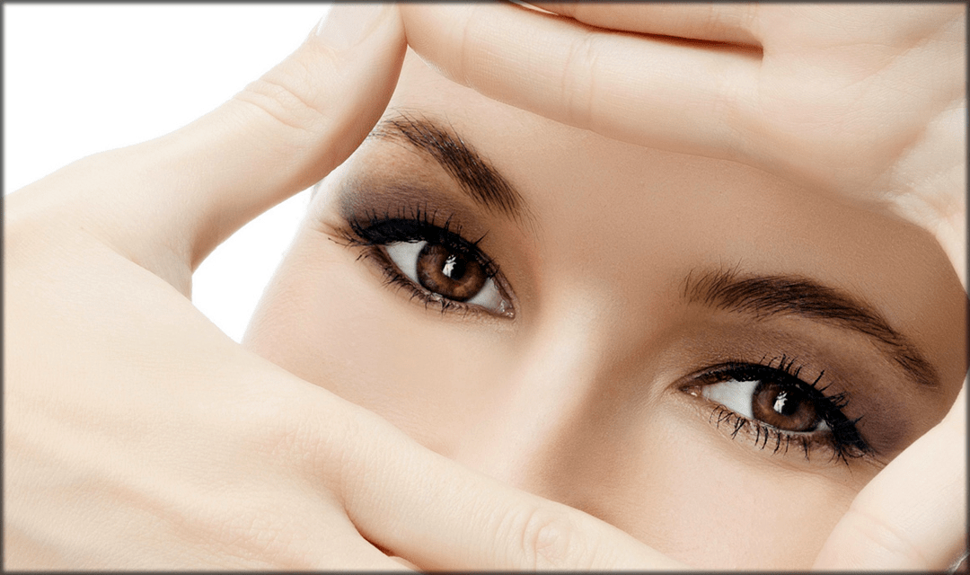 Remove puffiness to make Eyes look bigger with makeup