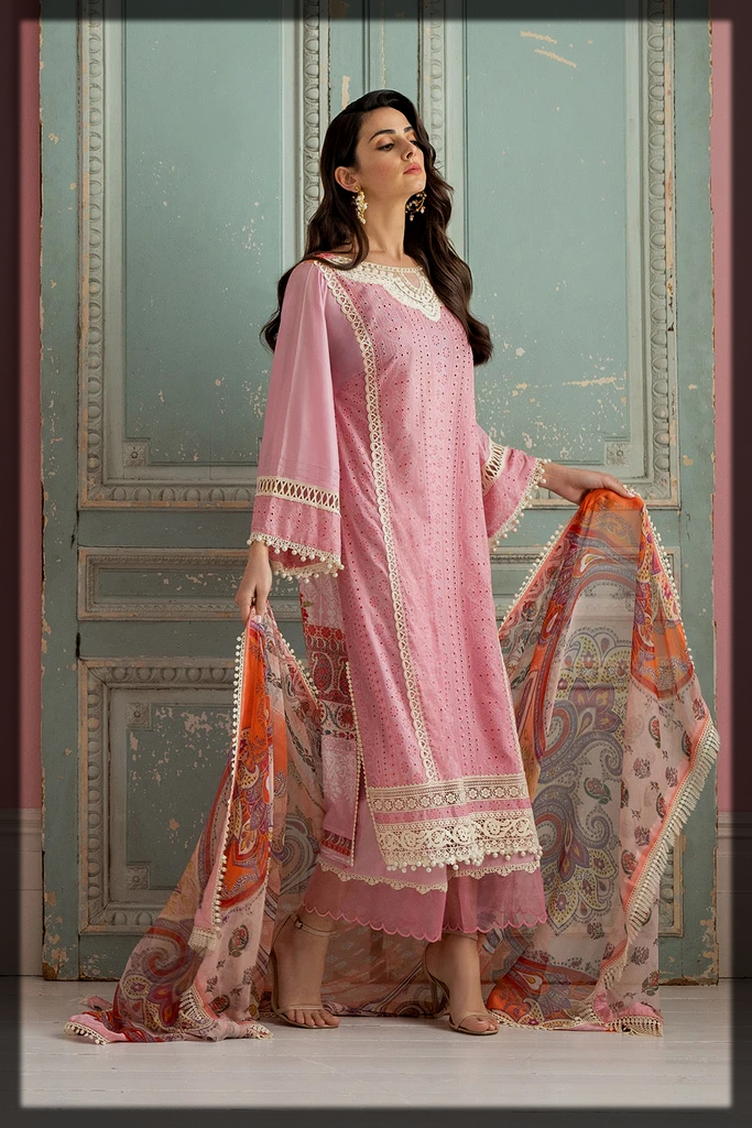 lovely pink suit with chiffon dupatta