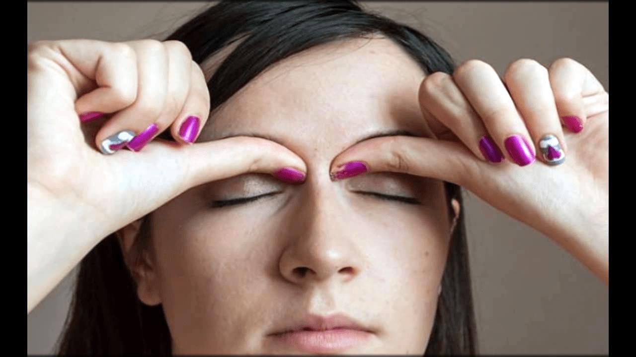 Massaging the eyes