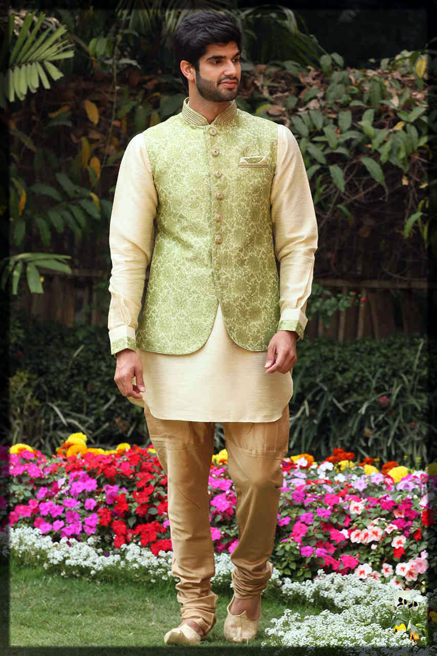 modest mehndi dresses for groom