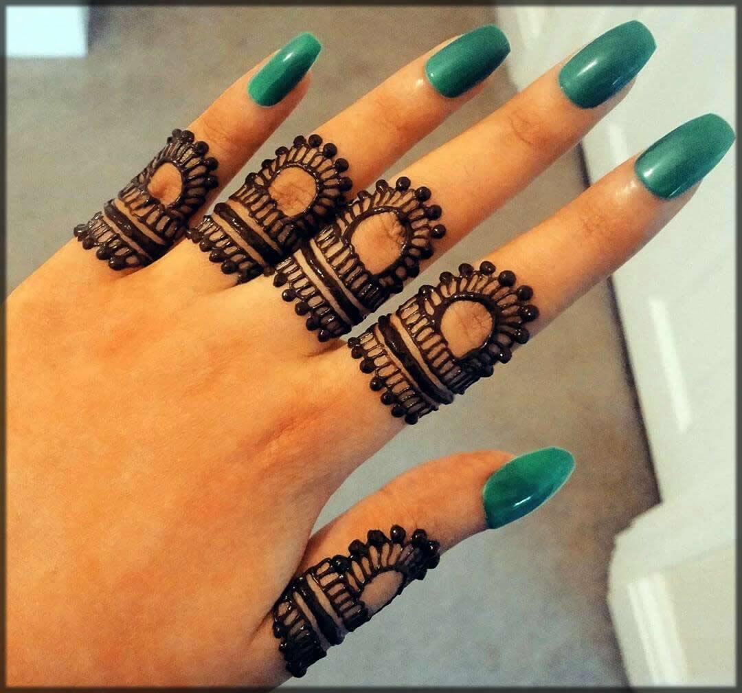 new finger black mehndi designs