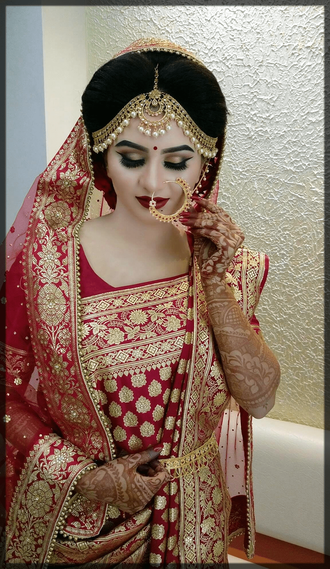 traditionaly reed indain bridal makeup look