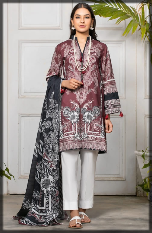 DARK BROWN embroidered lawn suit