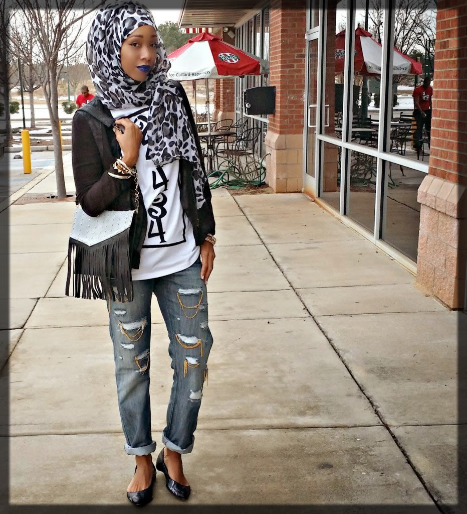 Ripped Jeans Hijab Styles With Jeans