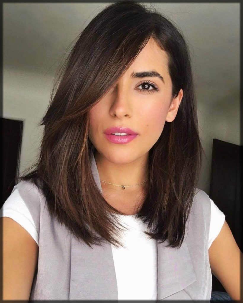 Simple straight hair