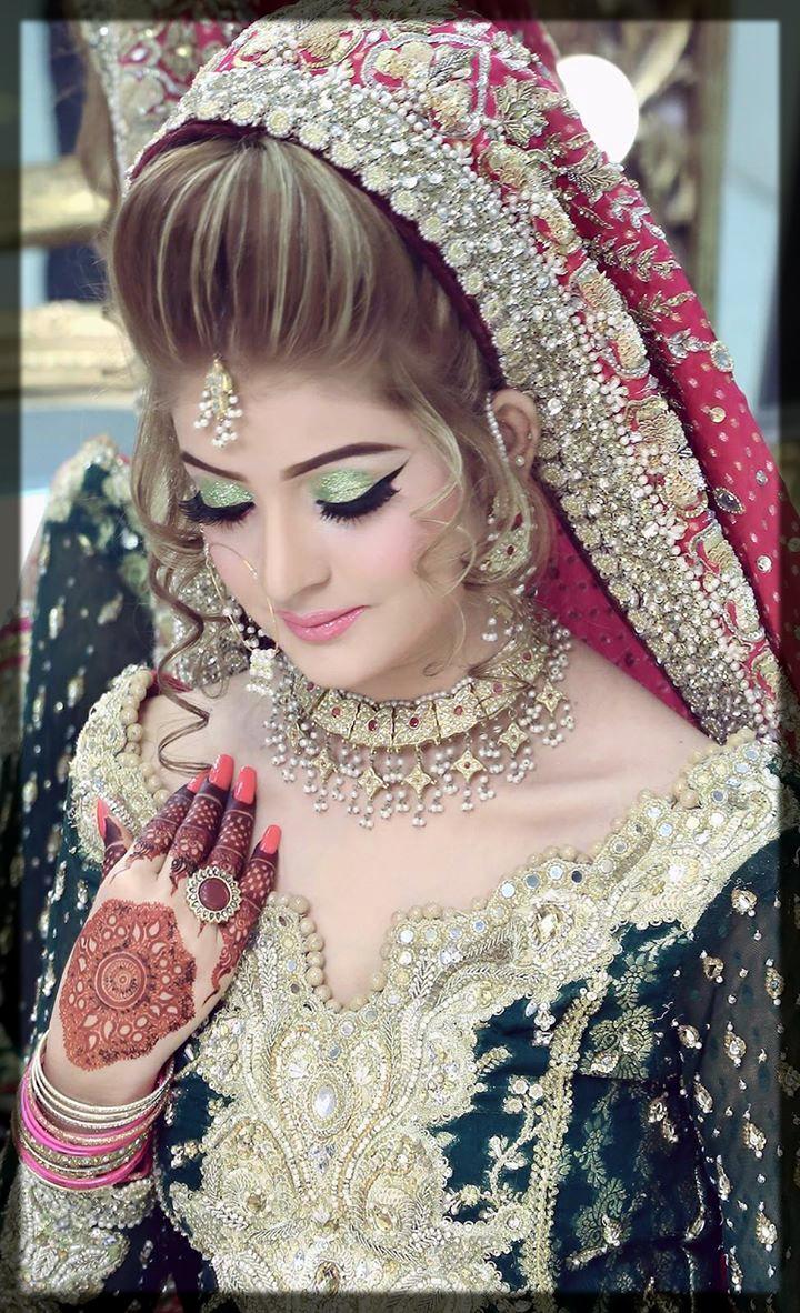 appealing bridal makeup look