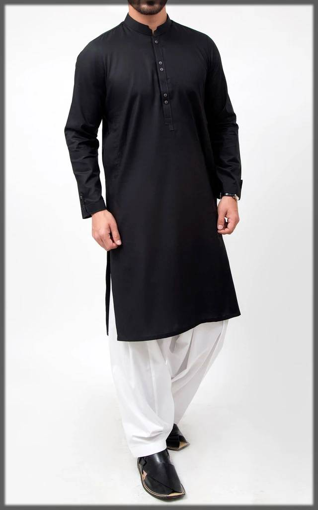 black trendy attire for men