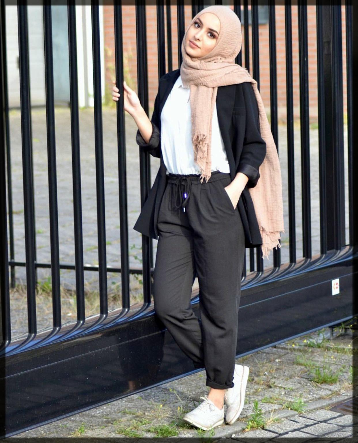 black trouser jeans hijab styles