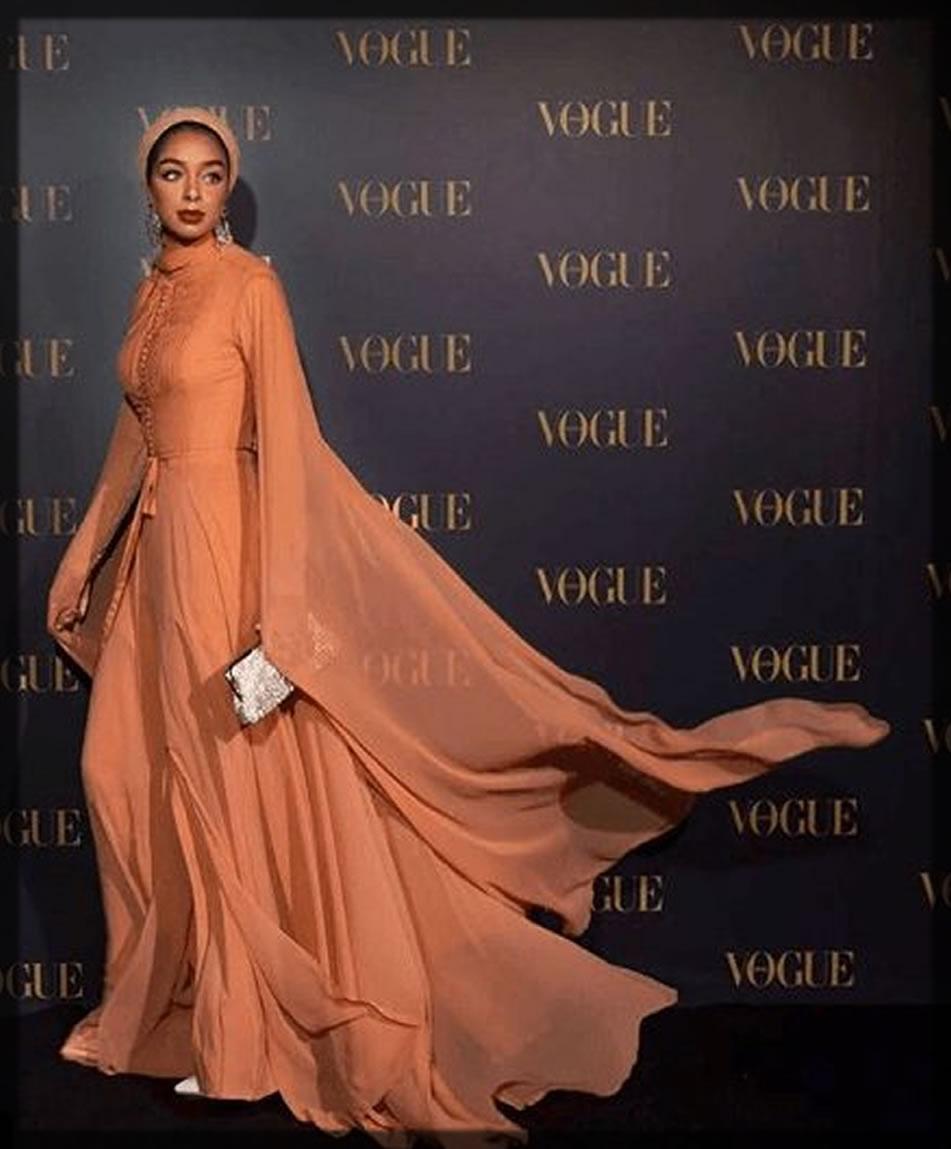 blogger style abaya