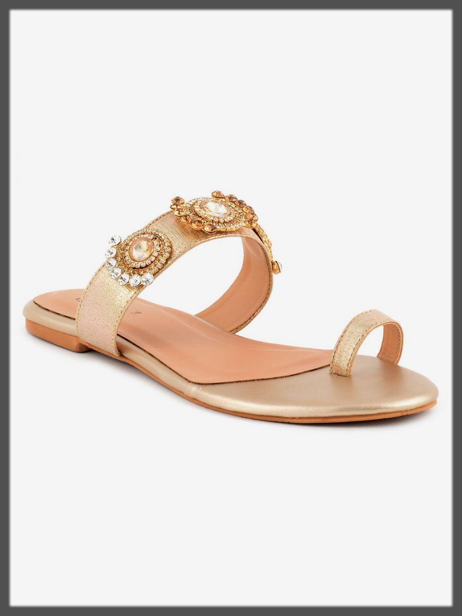 casual footwear for ladies