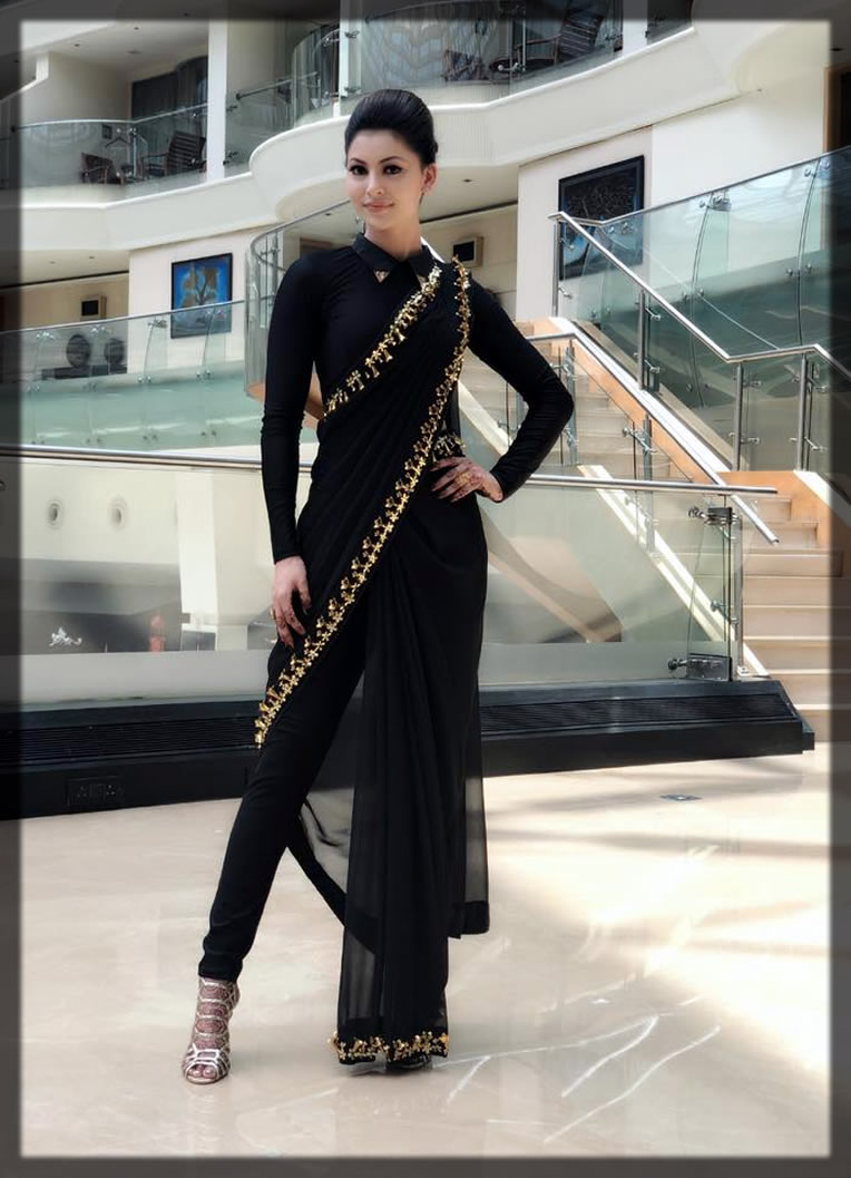 dazzling black Pakistani Saree Designs