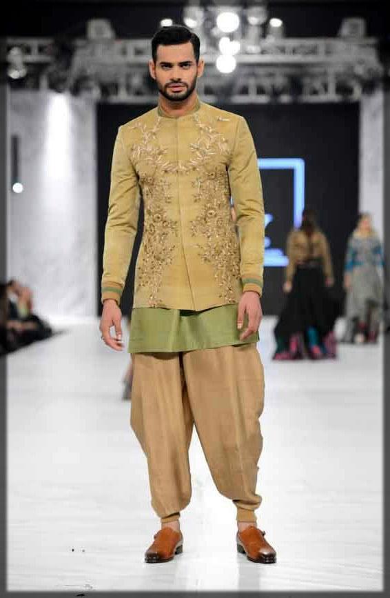 embroidered coat style sherwani