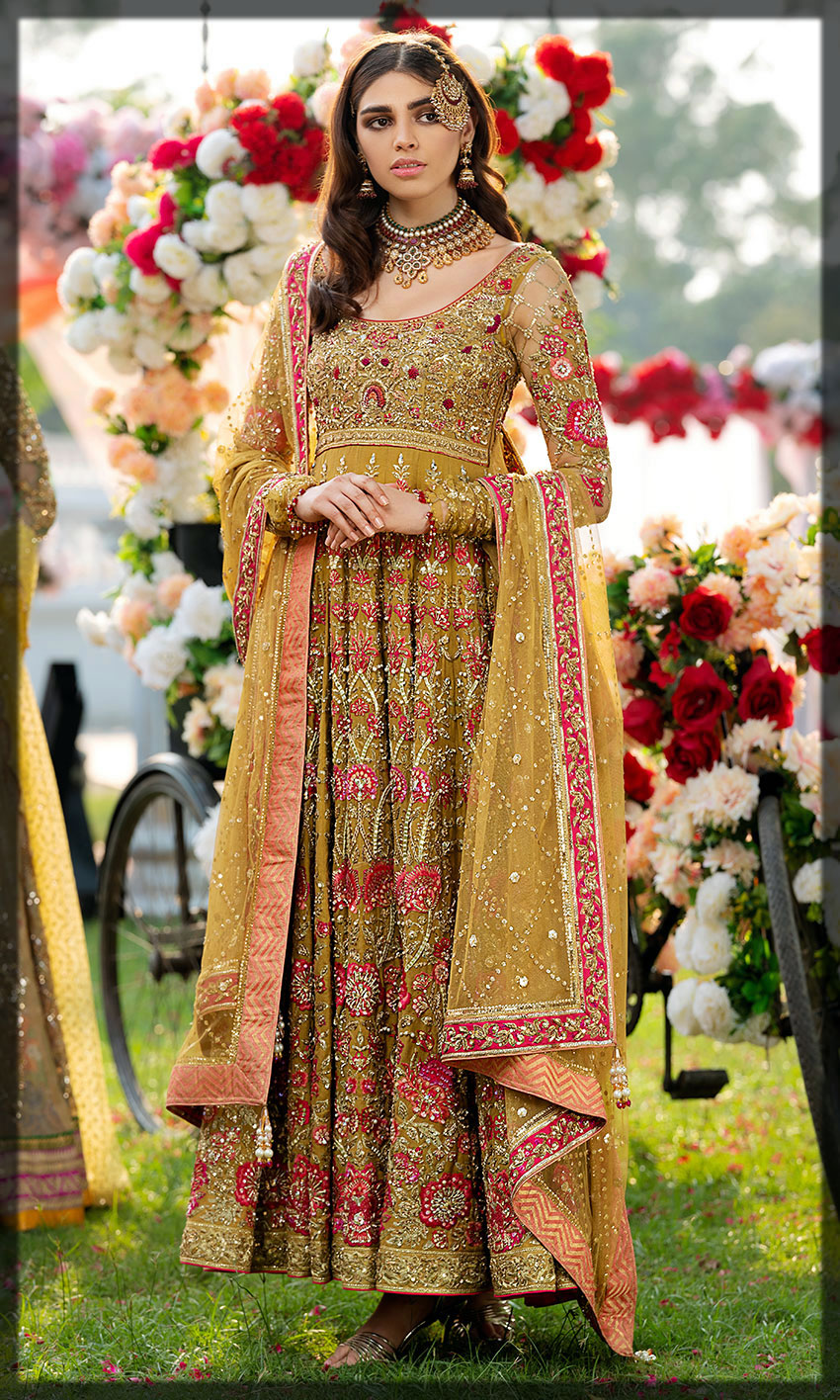 fancy frock for the mehndi bride
