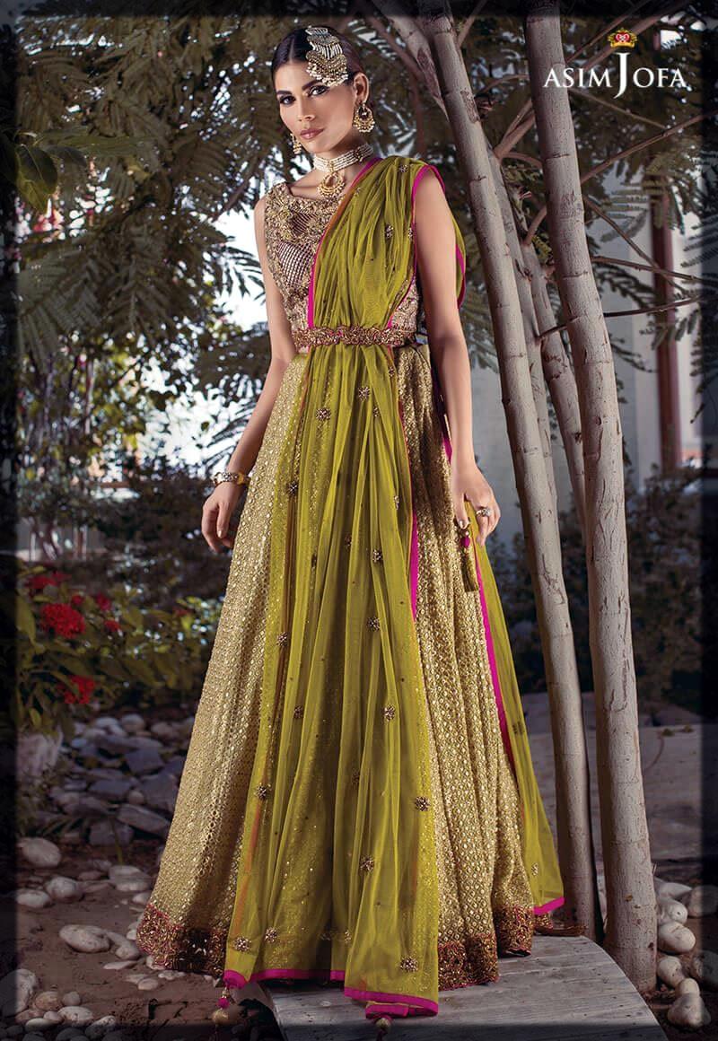 green mehndi dress for bride