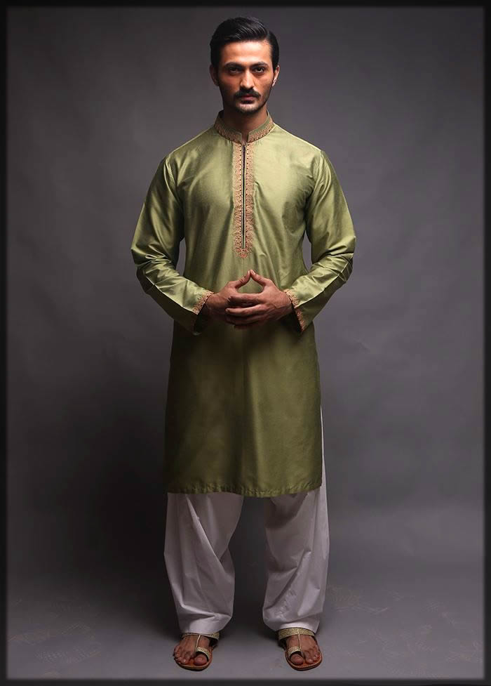 green shalwar kameez for mehndi
