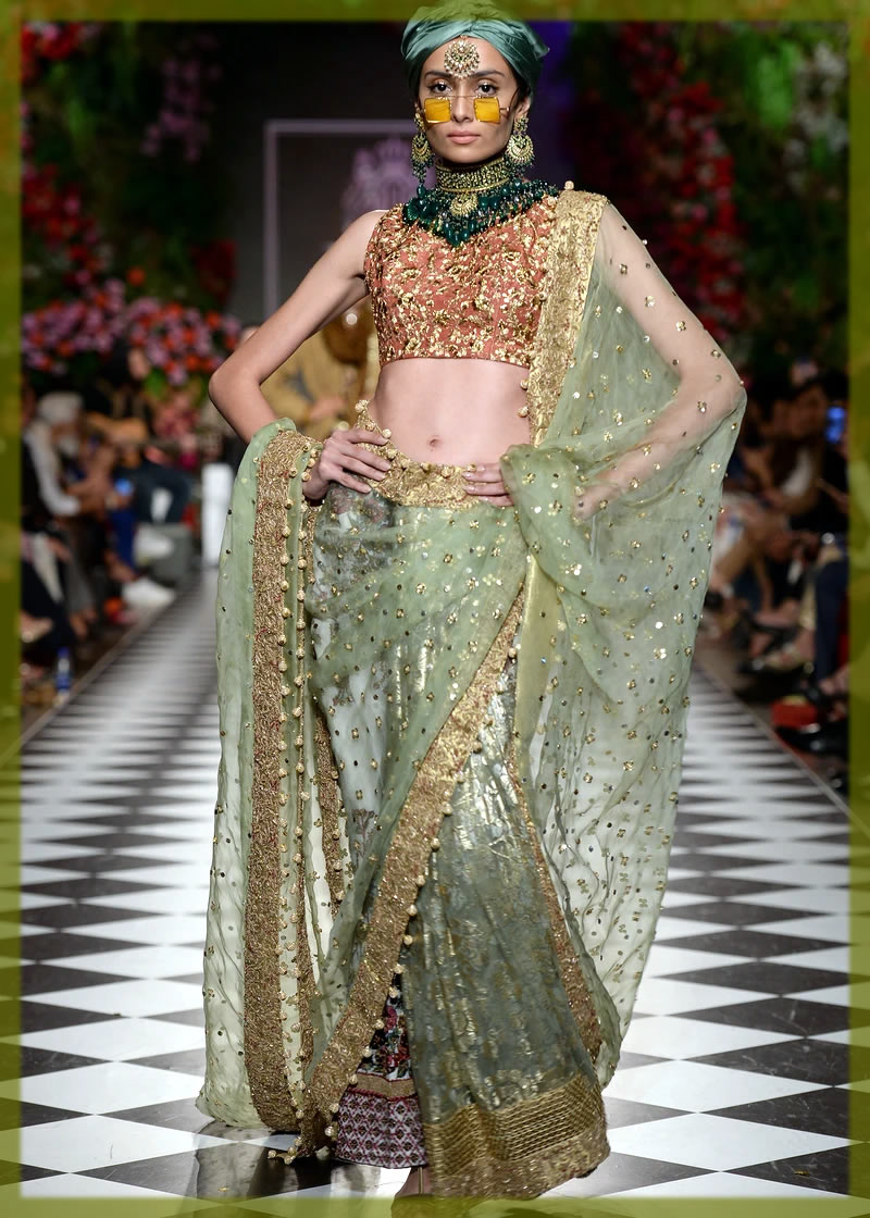 latest Pakistani Saree Designs by HSY