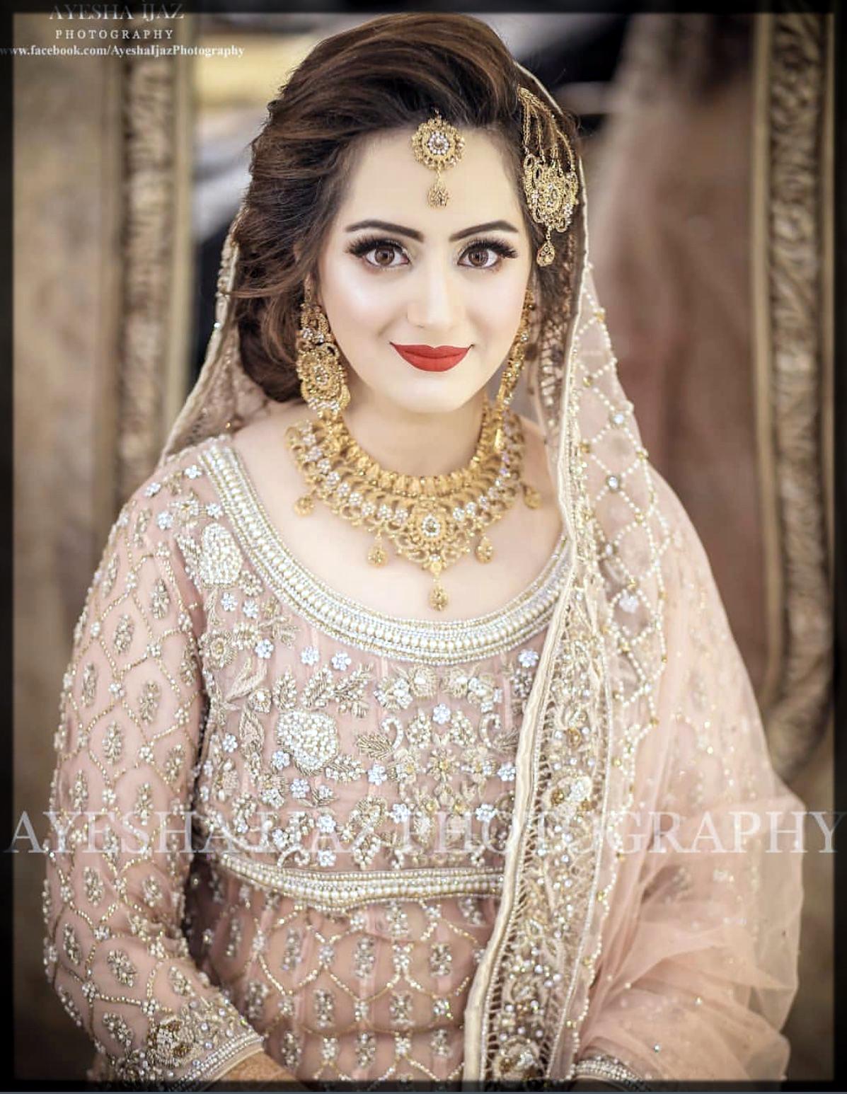 light pink bridal makeup