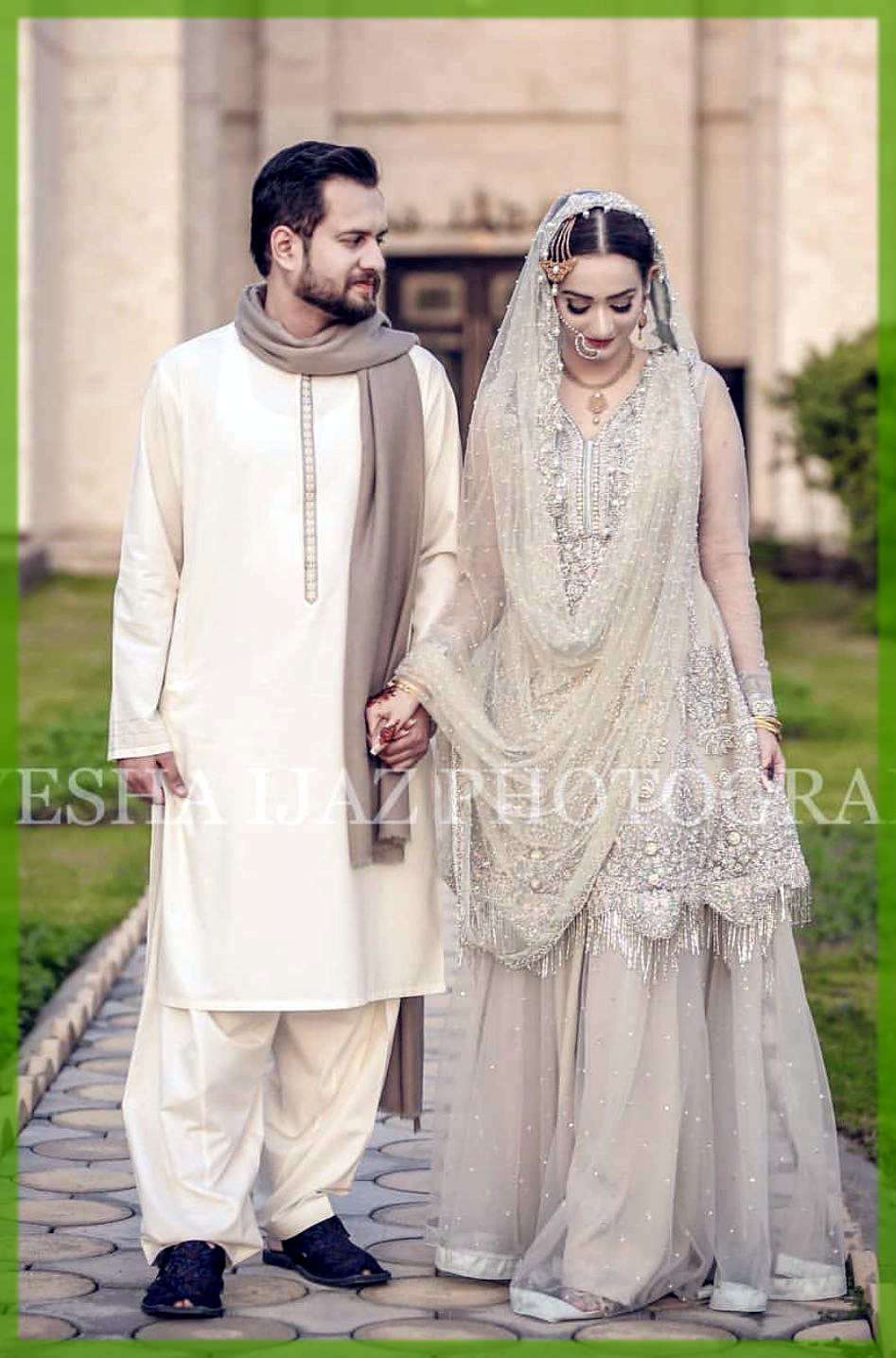 men wear simple shalwar kameez