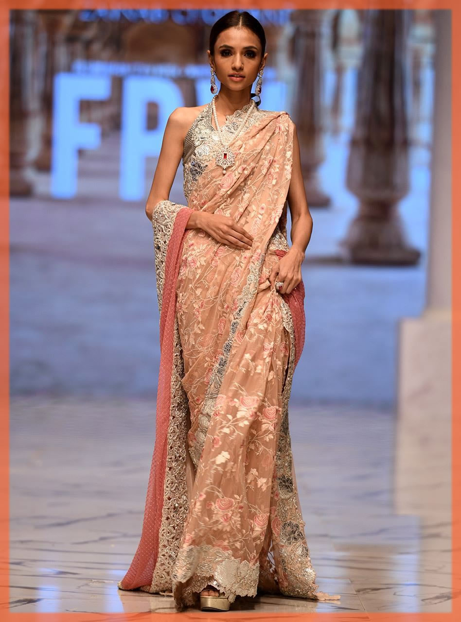 pakisatni saree design by zainab