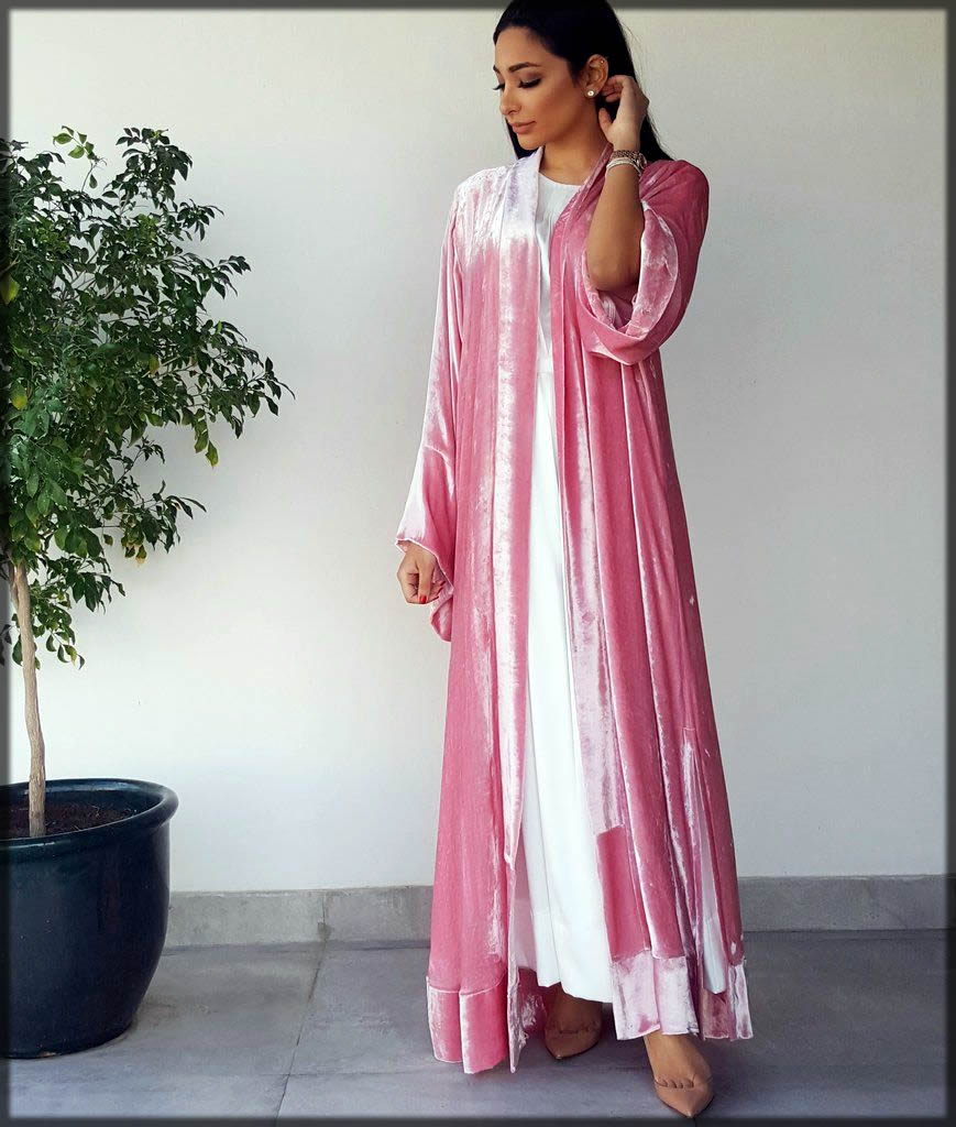 pink color velvet abaya with the open style