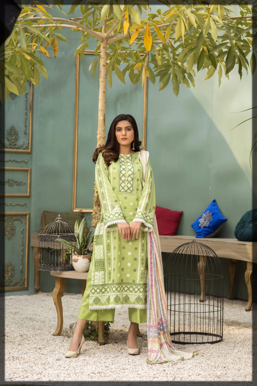 printed parrot green summer suit