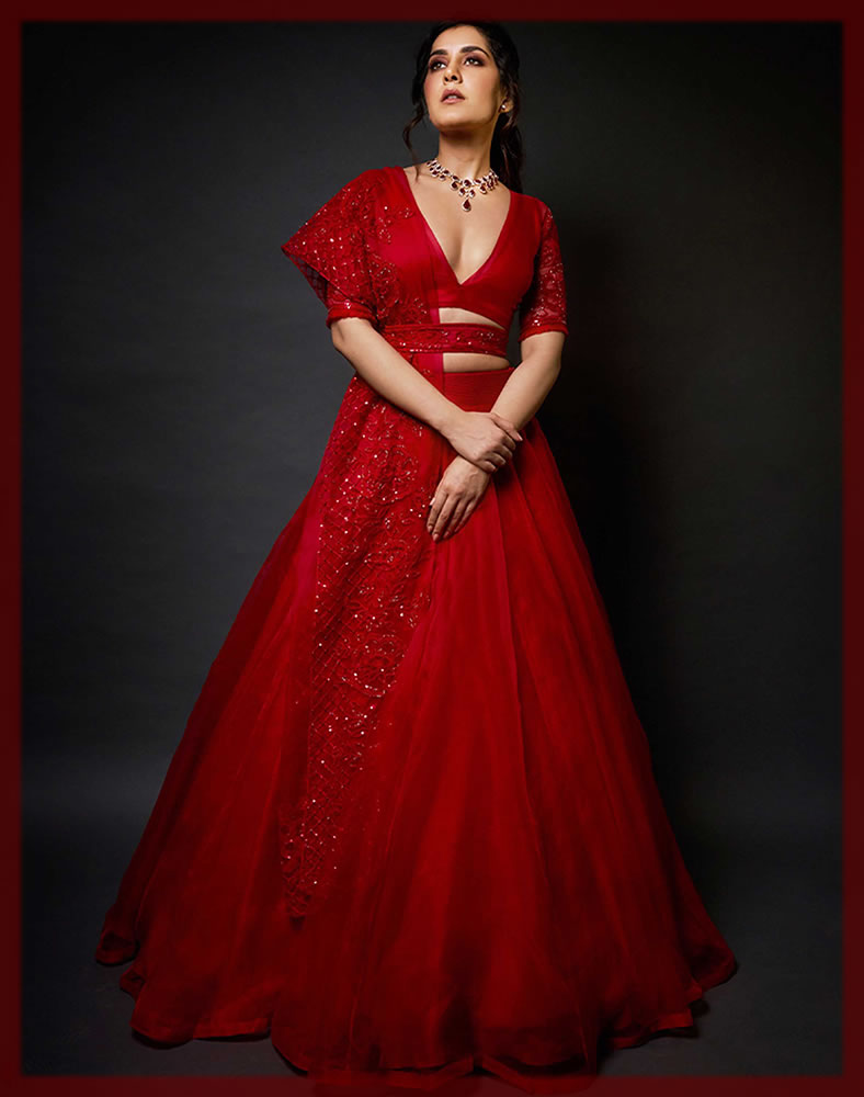 red bridal lehenga for barat