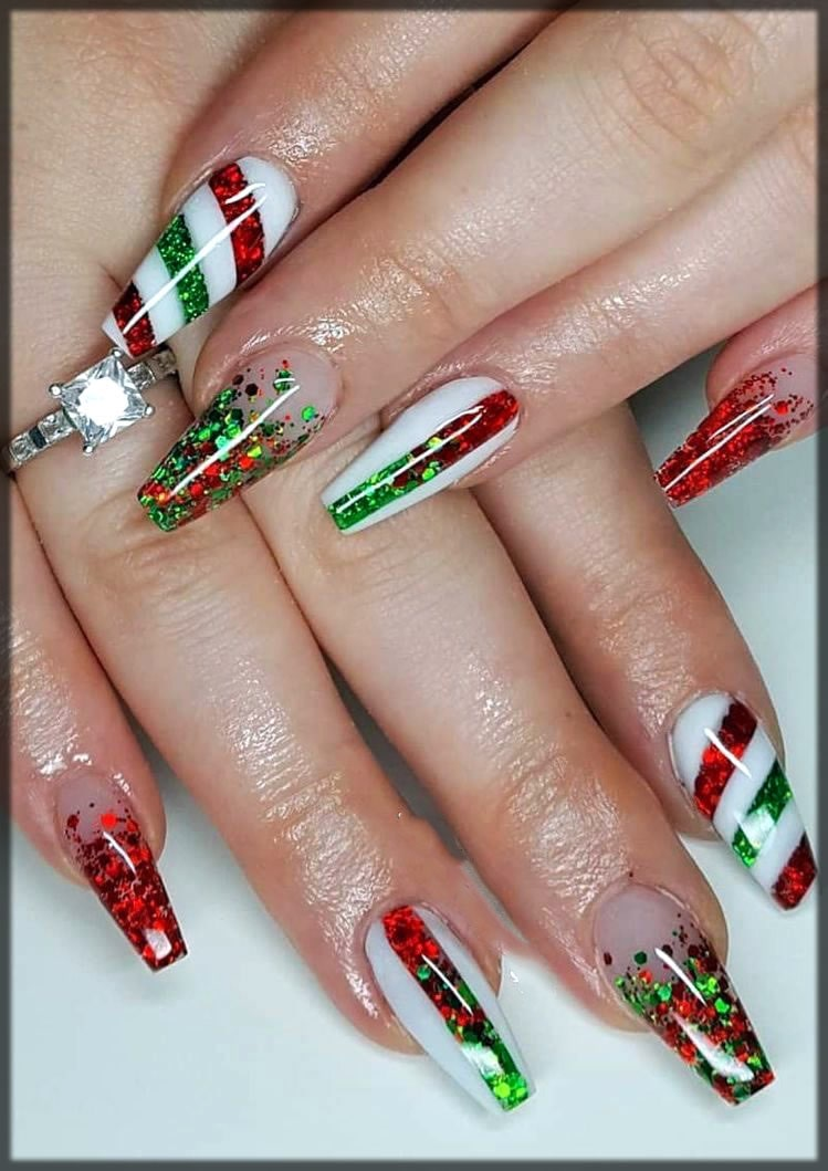 Pointed nail art for christmas event