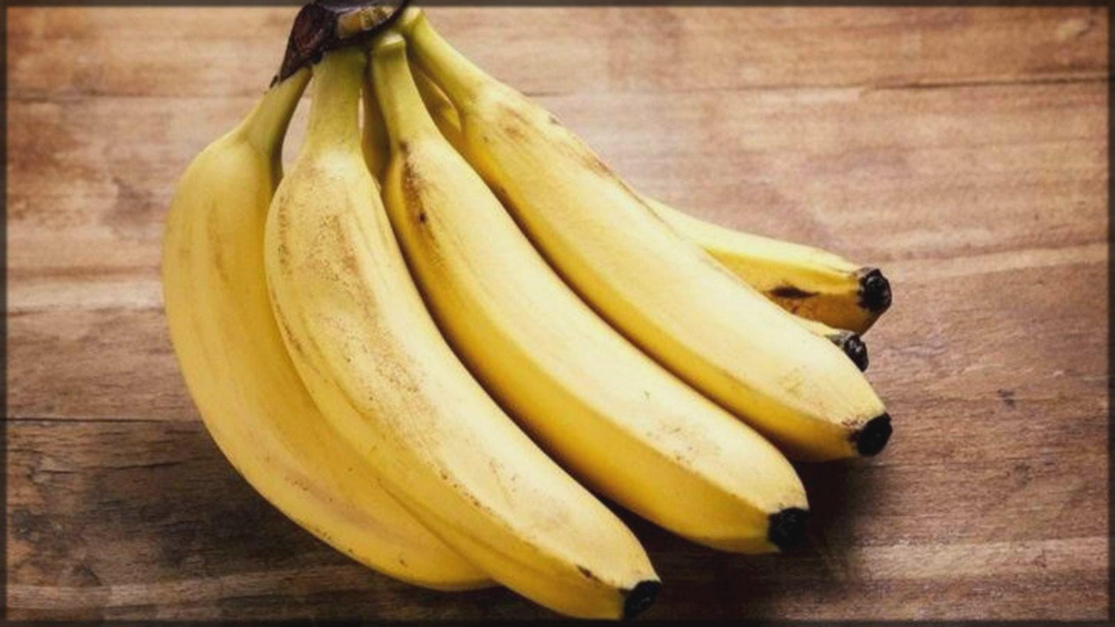 Skin tightening mask with banana