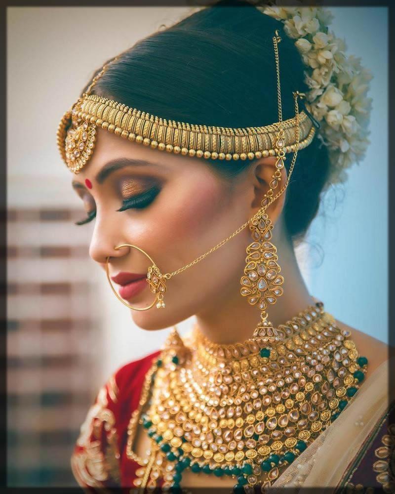 Stylish Maatha Patti for Bride