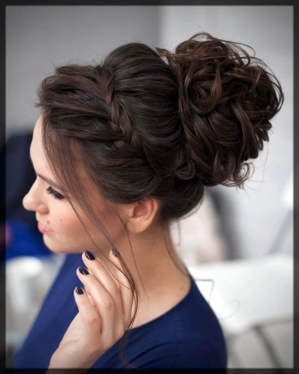 classy hairbun for long hairs