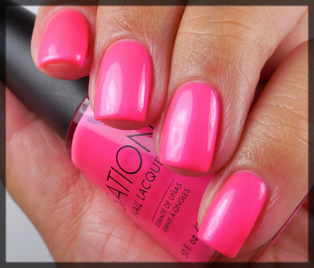 dark pink Fall Winter Nail Color Trends