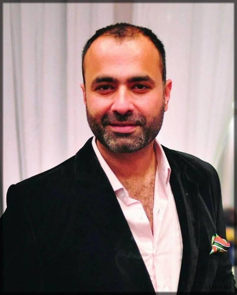 deepak perwani - a fantastic pakistani fashion designer