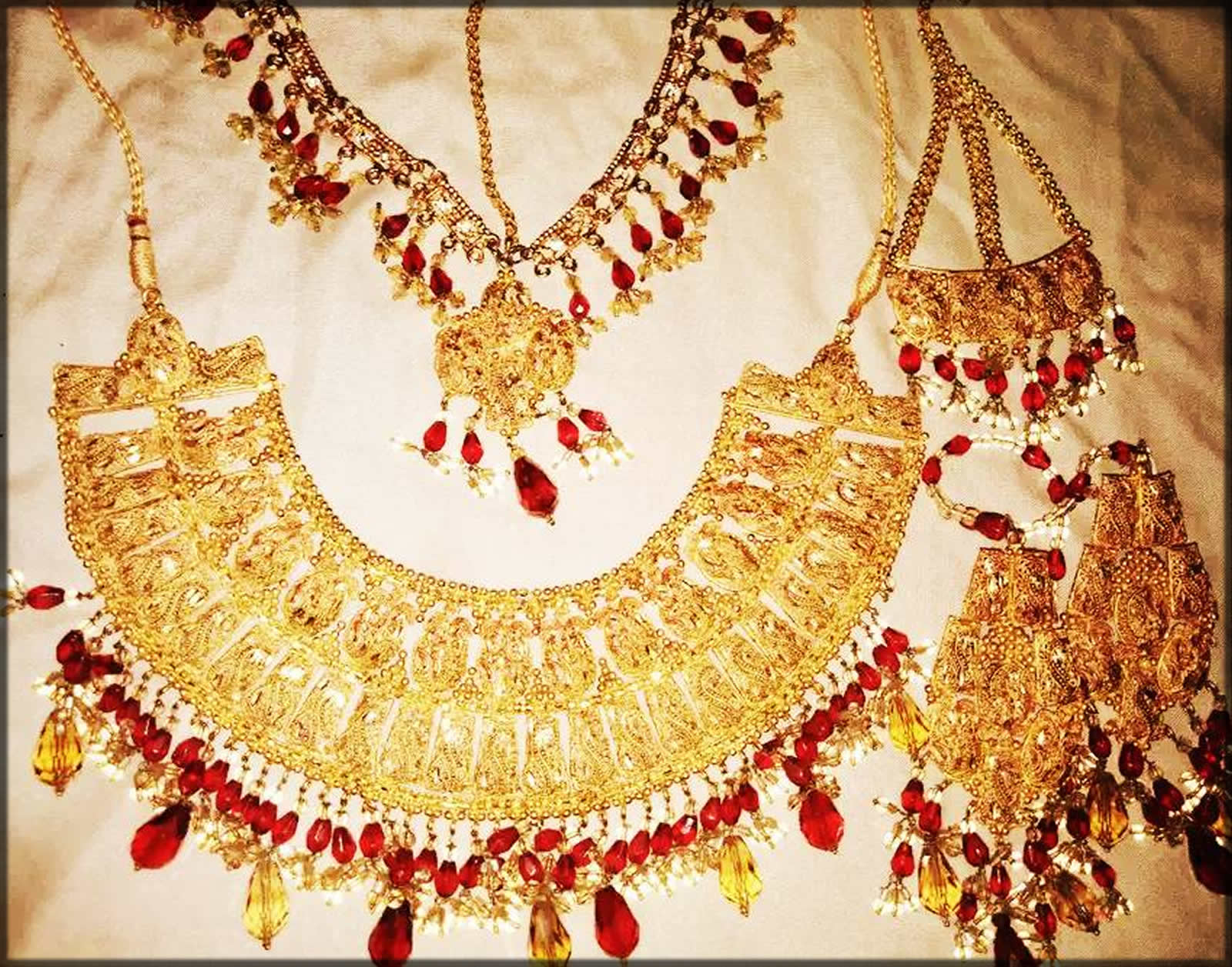 golden Latest Indian Bridal Jewelry