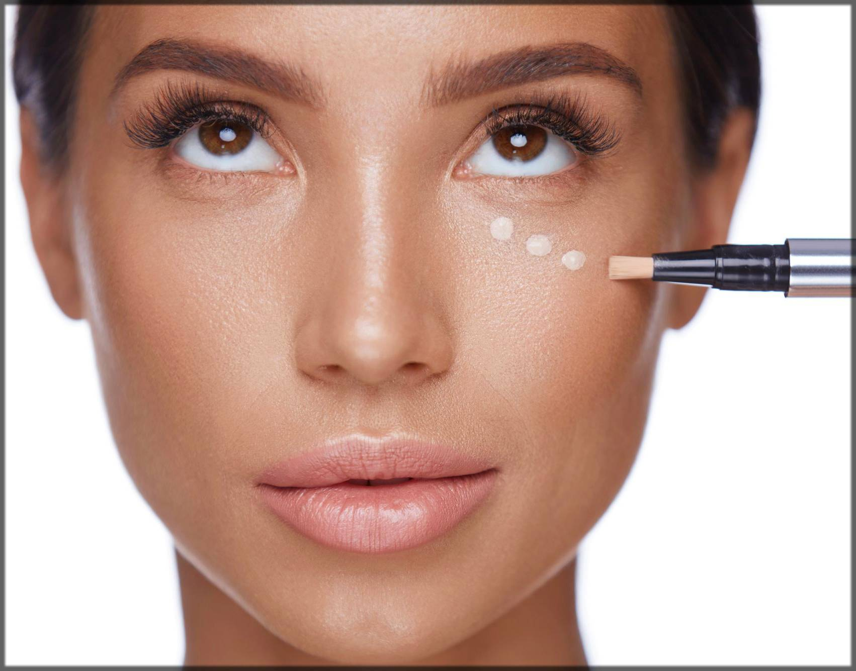 apply concealer for perfect arabic eye makeup