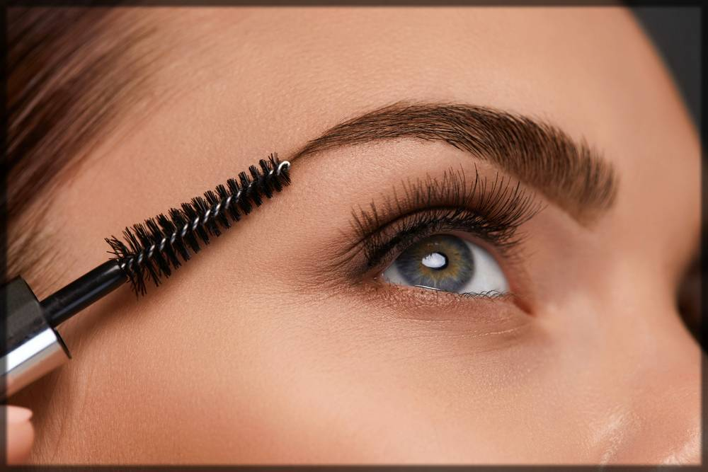first step of arabic eye makeup tutorial