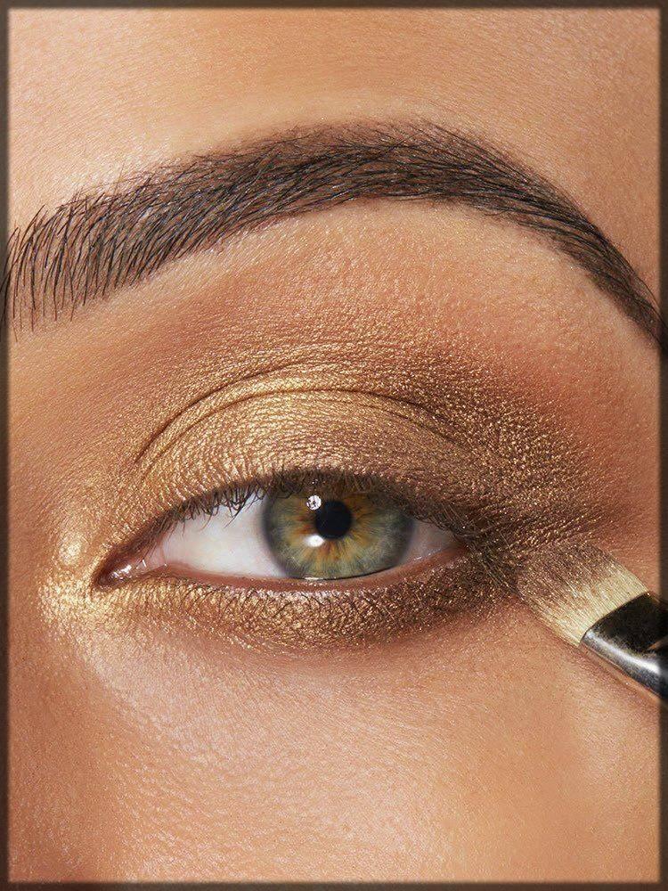 light colored eyeshadow makeup