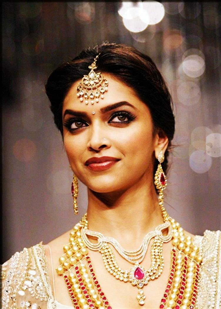 maang tikka Latest Indian Bridal Jewelry