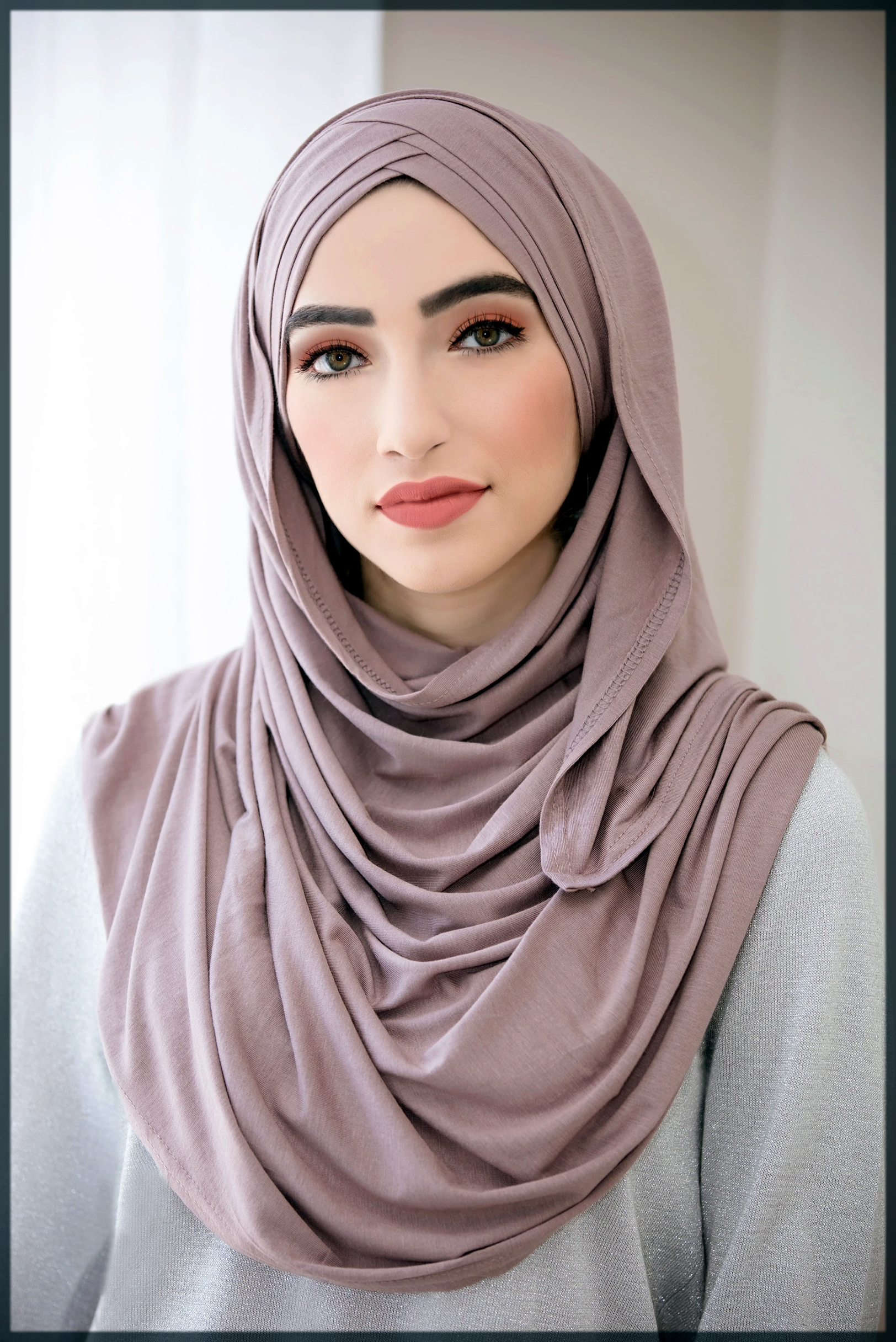 modest long face hijab style