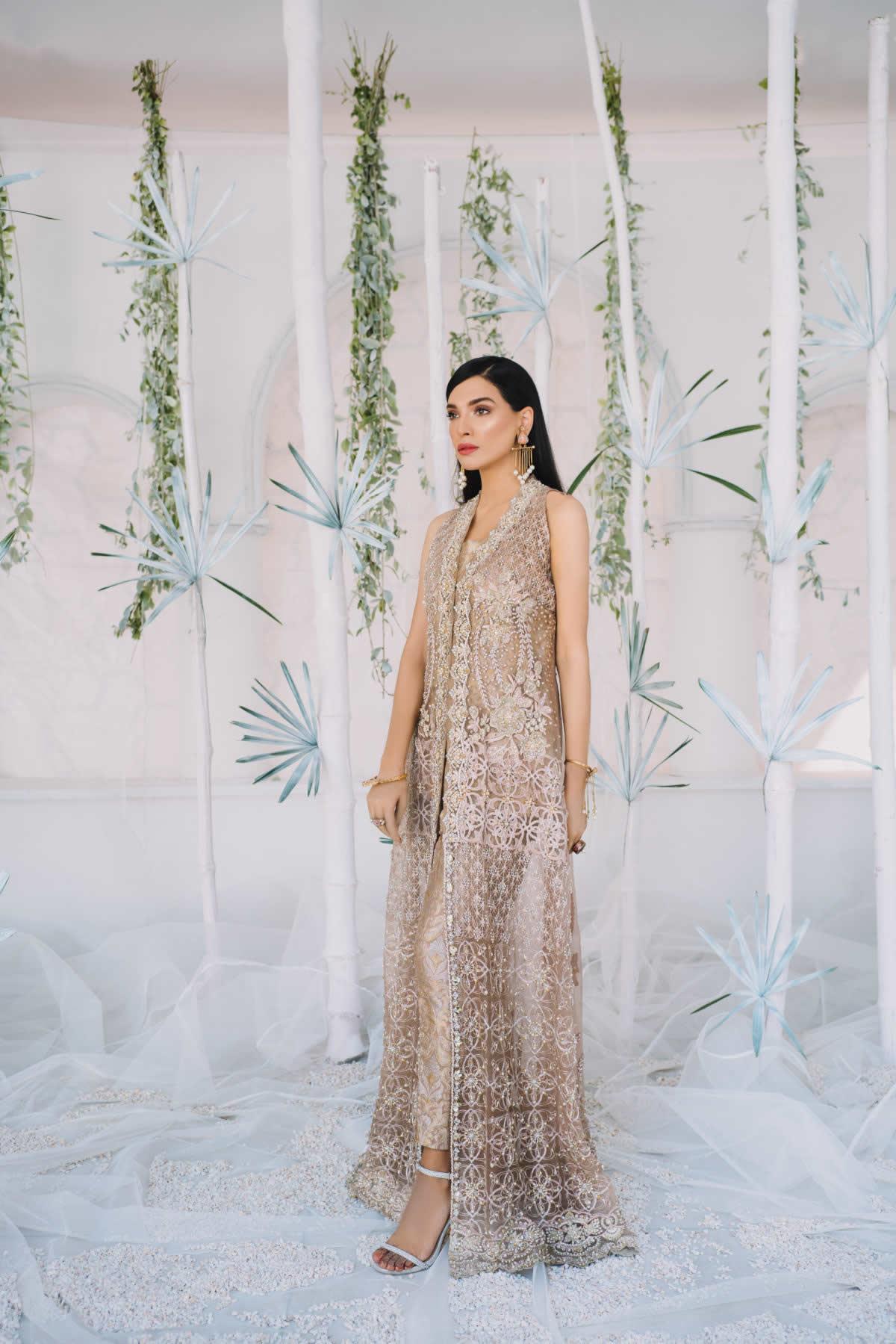 net engagement dress by saira rizwan bridal collection