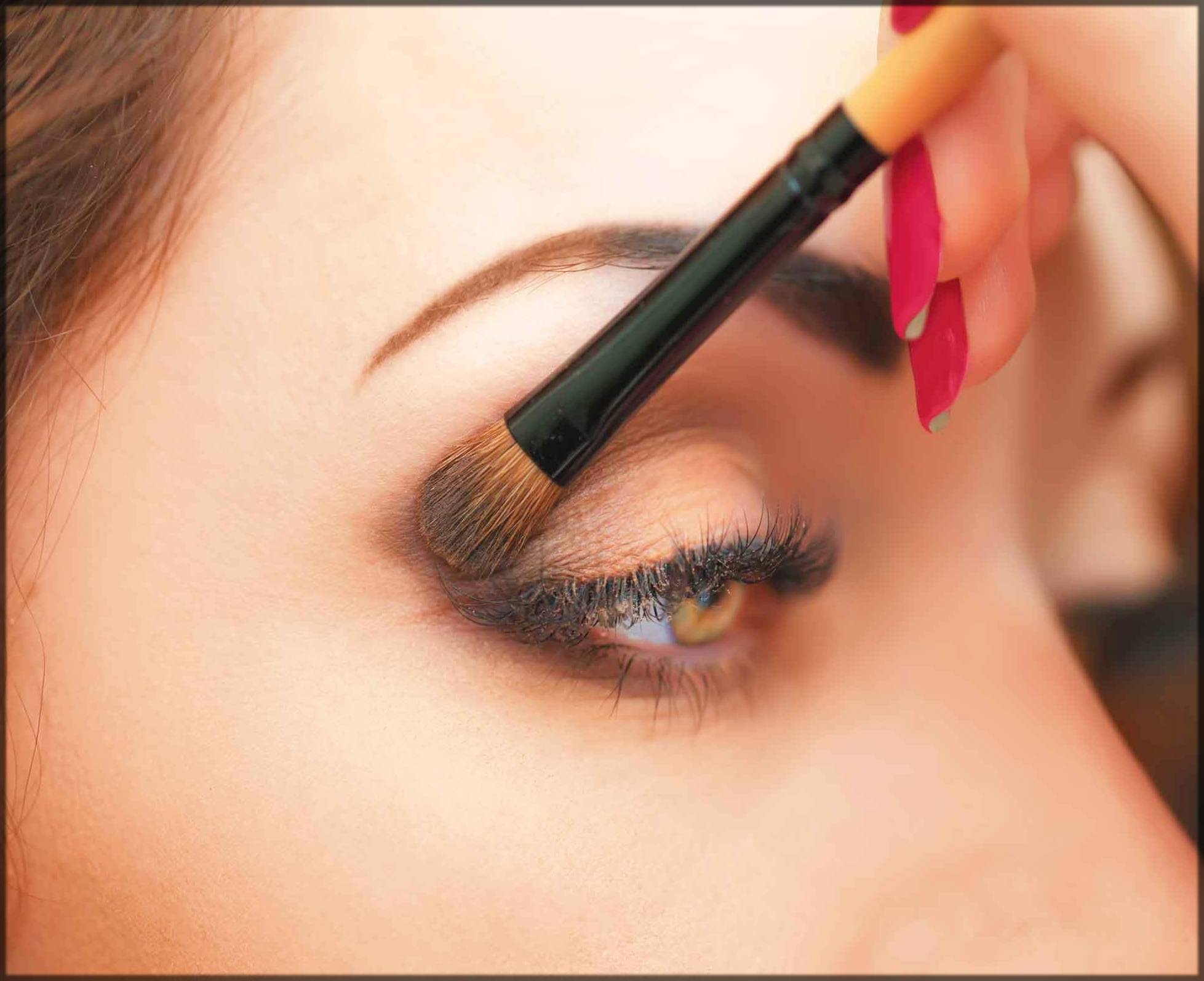 outer layer dark shaded eye makeup