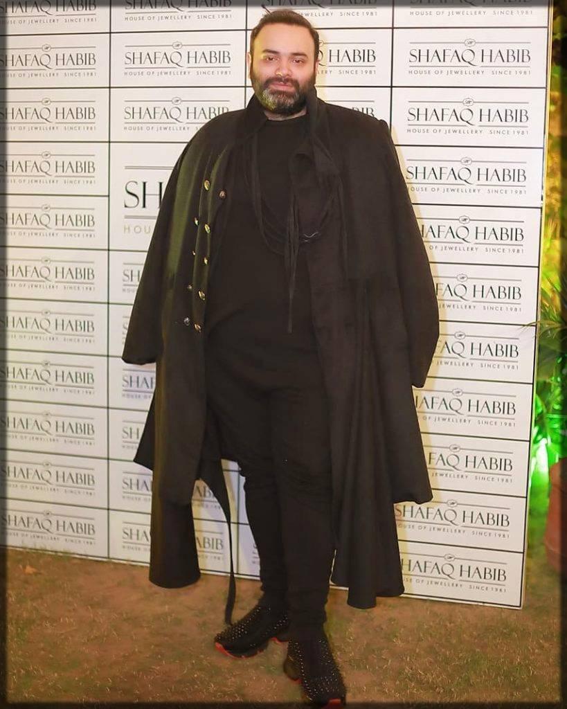 pakistani famous fashion designer - fahad hussayn