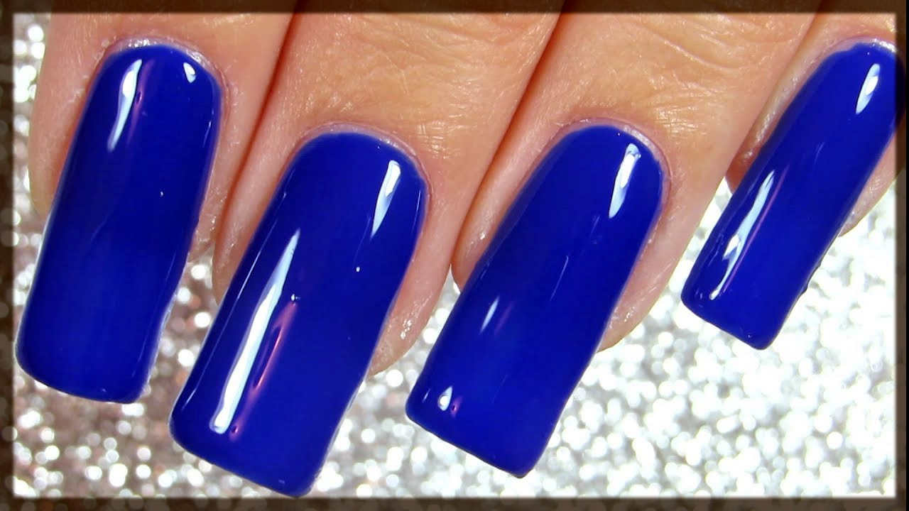royal blue winter nail color