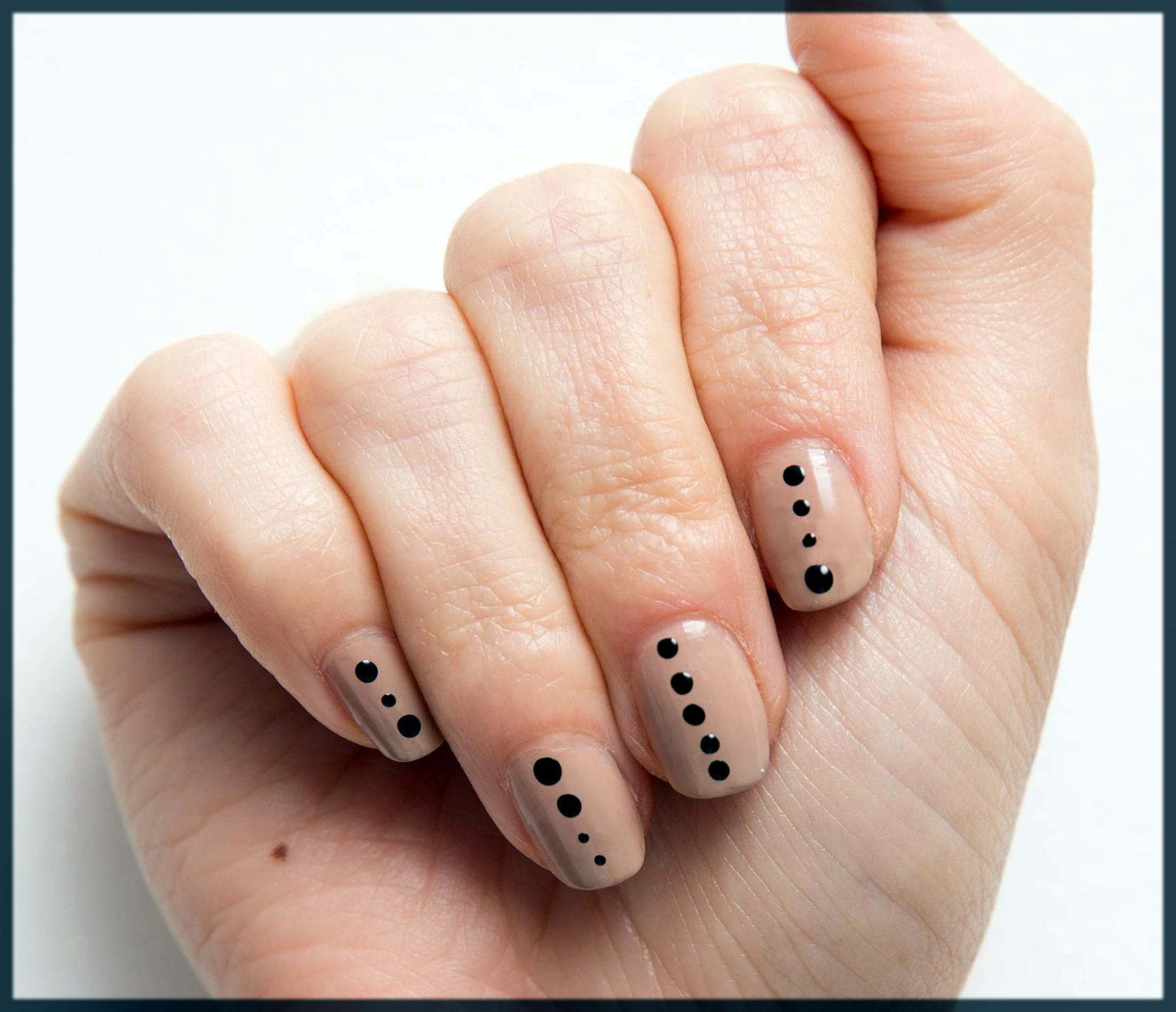 simple winter nail art designs
